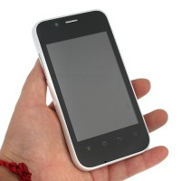 H303 Smart Phone Android 2.3 OS SC6820 1.0GHz WiFi FM 3.5 Inch- White