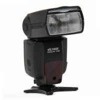 VILTROX JY-680 Flash Speedlite Speedlight - Black (4 x AA)