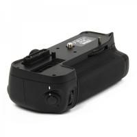 BP-D11 External Battery Grip for Nikon D7000