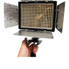 YONGNUO YN300 III YN-300 III PRO LED Camera Video Light e Phone Control 5500K