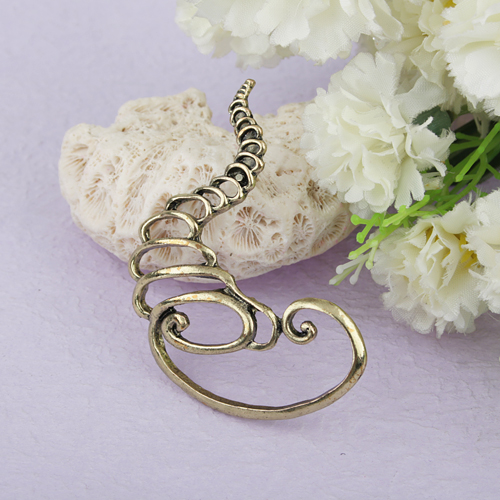 Fashionable Exaggerated Style Tornado Shaped Metal Ear Plug