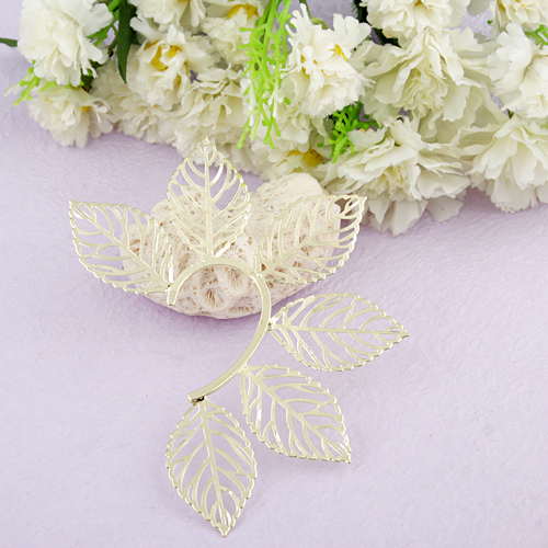 Stylish Exaggerated Hollow Leaves Shape Metal Ear Hung